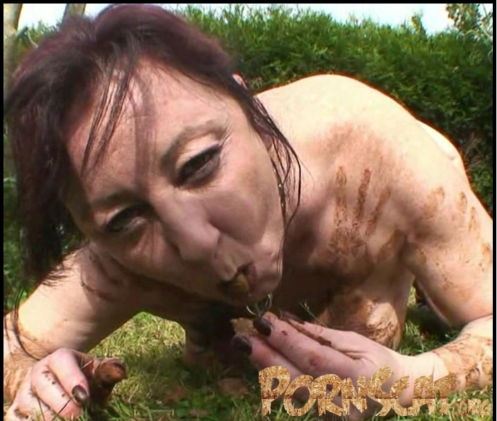 Outdoor Toilet Slut – French Scat Slut - Chienne Mary [HD / 2017]