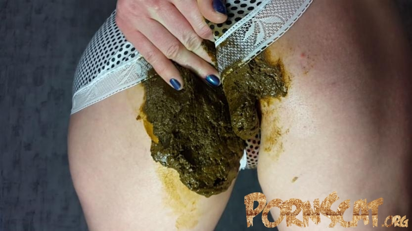 Panty Poop - Anna Coprofield [FullHD / 2017]