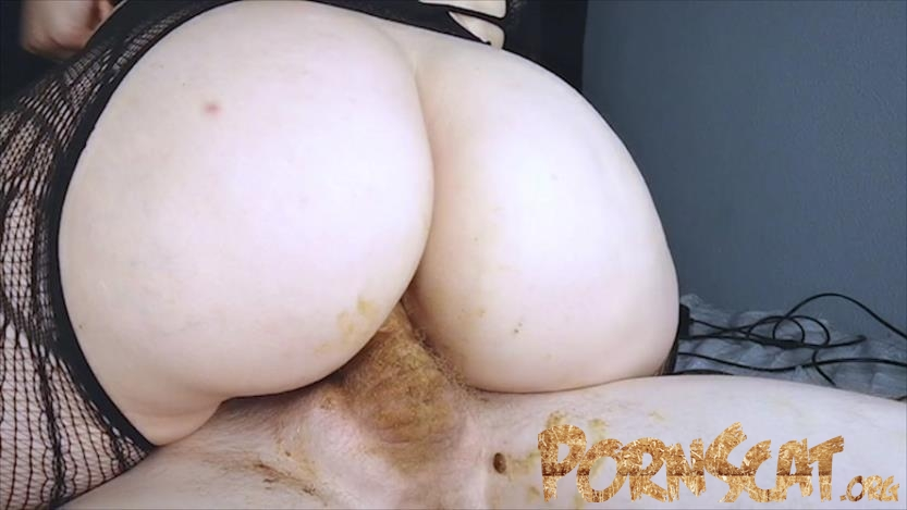 Curly cock beats chocolate pussy with DirtyBetty [FullHD / 2019]