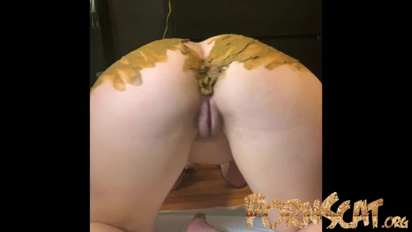Smearing my shit over this beautiful ass with Natalielynne699  [FullHD / 2020]