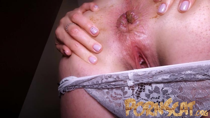 Brown cookie in panties with HotDirtyIvone [FullHD / 2020]